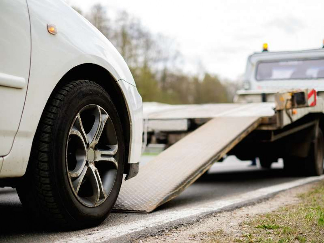 Don't Wait Around for the Towing Service You Need